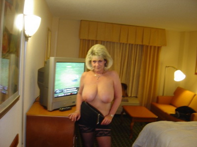 Sexy Mature In Stockings